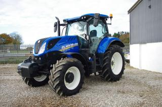 New Holland T7.210CL