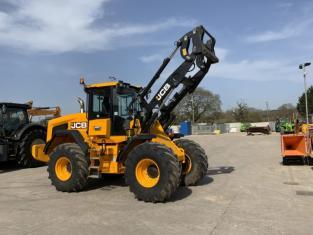 JCB 427 Agri *2020* Loading Shovel (ST9768)