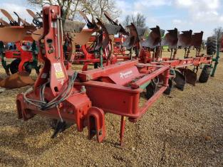KVERNELAND LO85/300 Plough, On Land/In Furrow, 2013, 7 furrow
