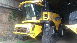New Holland CR9090 ST