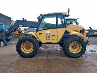 New Holland LM430A