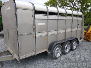Ifor Williams TA510 Livestock Trailer