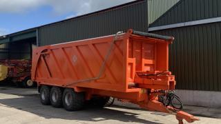 Larrington 18 Tonne 3 Axle Ejector Trailer