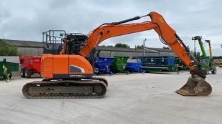 Doosan DX140LCR Digger (ST10634)