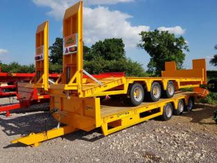 BARFORD L27 TriAxle Lowloader Trailer, 27ft Long, 22 tonne Carry, Beavertail, New, 2 arrived in Stoc