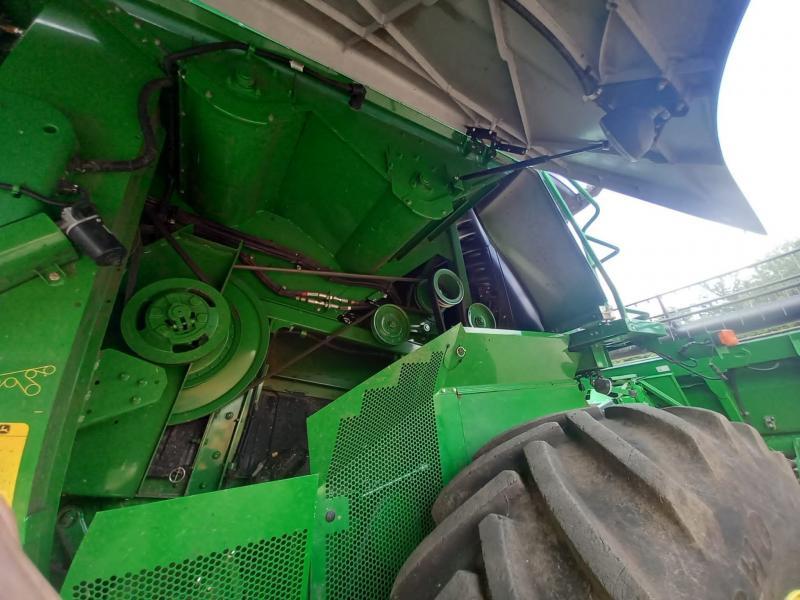 John Deere S690 HillMaster