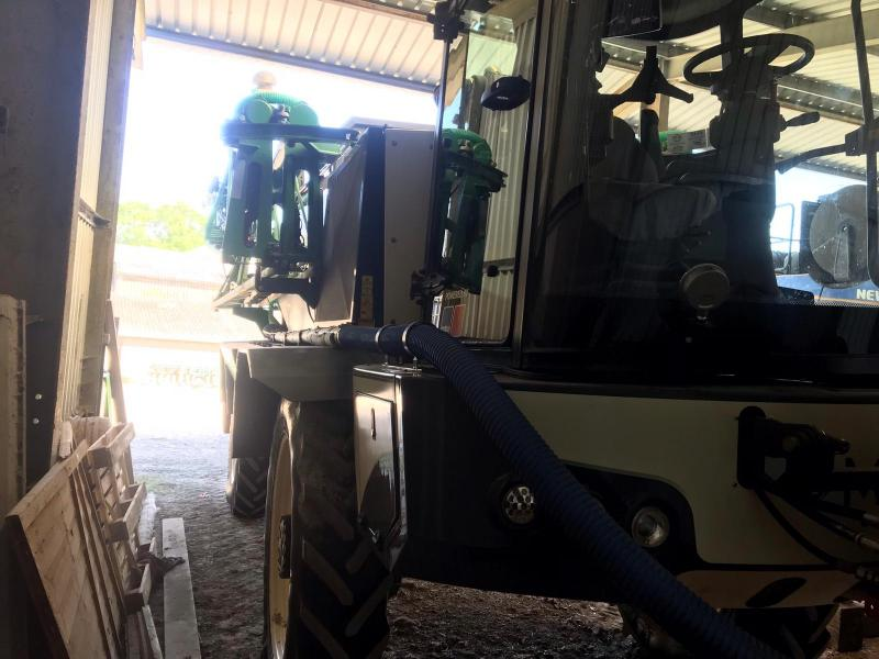 TC000289 2018 Househam Merlin 30m 6000l SP Sprayer