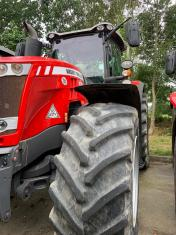 Used MF 8740 MR Dyna VT Exclusive Tractor