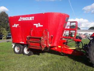 Used Trioliet 2-2000 Twin Auger Feeder