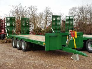 BAILEY 26ft Tri-Axle Beavertail Plant Trailer, New - 1 Arrived In Stock ! 17.09.2021