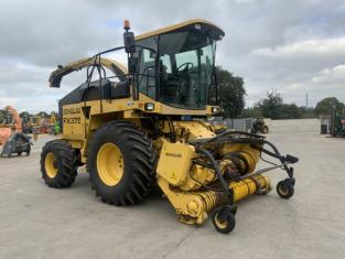 New Holland FX375 Forager (ST11480)