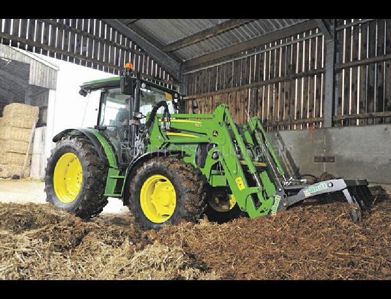 Tractor and loader test: John Deere