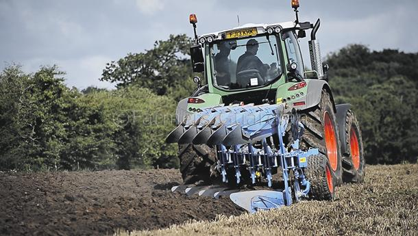 Lemken's Juwel 7 plough; lightweight yet sophisticated